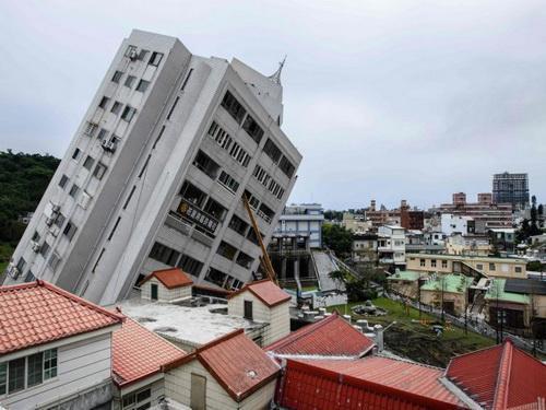 زلزله چه ساختمان هایی را خراب نمی کند!