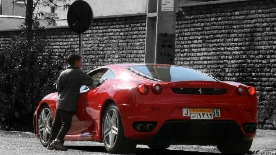 ثروتمندان ایرانی 1200 درصد بیشتر از فقرا خرج می کنند