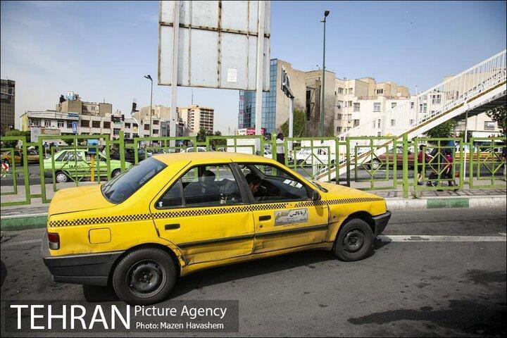 مالکان تاکسی های فرسوده شهر تهران برای نوسازی تاکسی خود ثبت نام نمایند