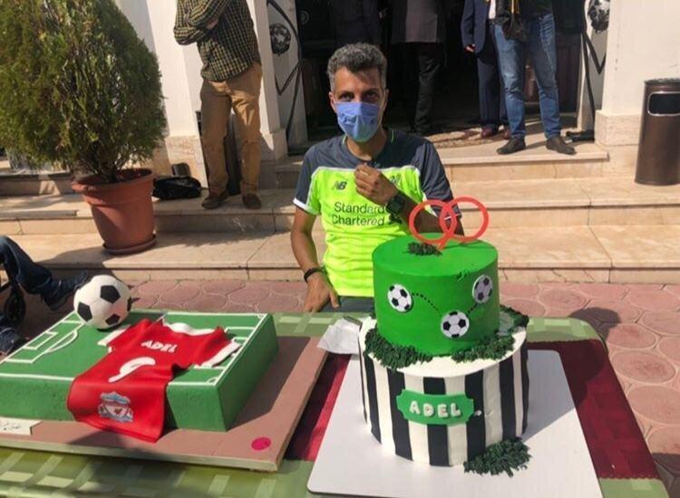 عکس تولد 46 سالگی فردوسی پور با کیک 90