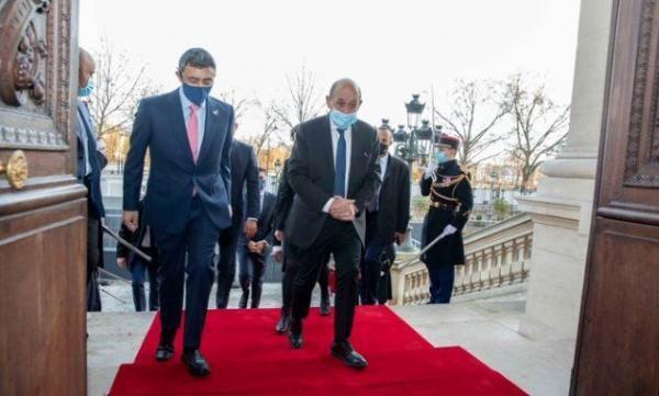 خبرنگاران وزرای خارجه فرانسه و امارات در خصوص برجام تبادل نظر کردند