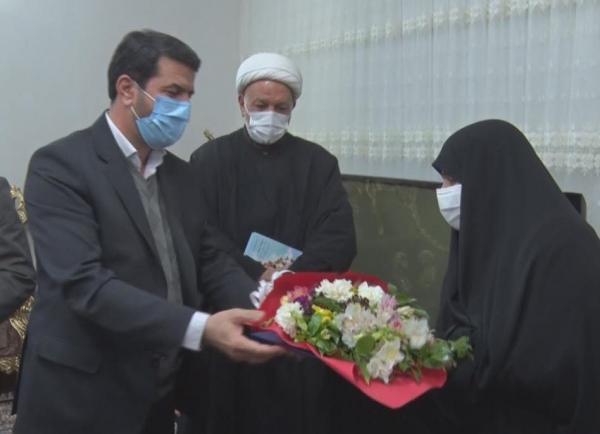 خبرنگاران تجلیل استاندار خراسان جنوبی از همسران و مادران شهدا