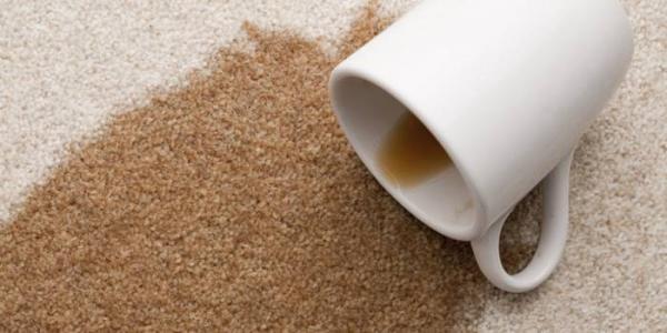 بهترین روش های پاک کردن لکه قهوه از روی لباس و سایر سطوح