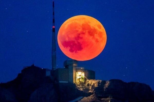 ماه خونی فردا در اقیانوس آرام، امکان رصد ابرماه در ایران
